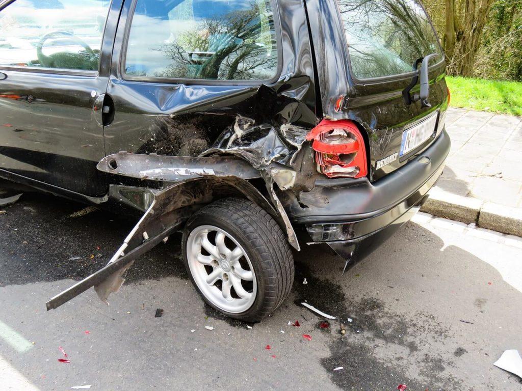 Foto de accidente de coche reclamafacil